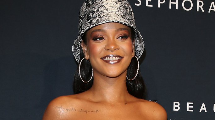 rihanna-we-are-the-champions-queen-vittoria-lakers